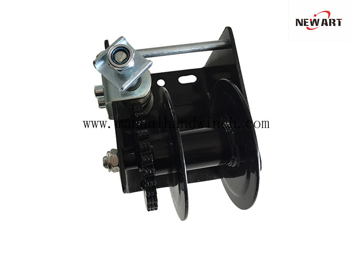 Poultry Wall Mounted Worm Gear Hand Winch 600kg Single Drum